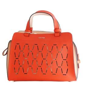 Borsa Calvin Klein - Essential Sofie Small Duffle - Rossa