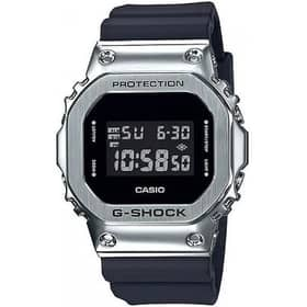 CASIO watch CASSA QUADRATA - GM-5600-1ER